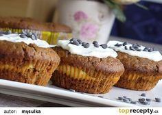 Margotkové muffiny s tvarohem recept - TopRecepty.cz Cheesecake Brownies, Russian Recipes, Scones, Food And Drink, Sweets, Cooking, Breakfast, Polish, Gardening