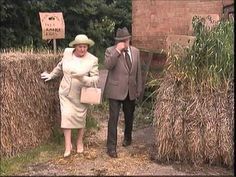 Keeping up appearances,  a country retreat filmed at Hampton lucy