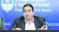 NOTICIAS VERDADERAS: SALARIO MÍNIMO: GOBIERNO SUMA APOYO A C.G.T. PARA ...