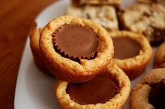 Grandma's Desserts: Reese's Peanut Butter Cup Cookies