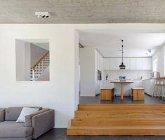 Umbau: Walmdachhaus mit modernem Anbau erweitert | Schöner Wohnen