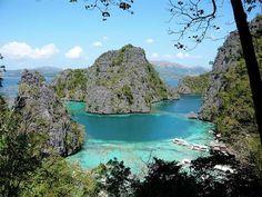 Coron (Filipijnen) http://www.zuidoostaziemagazine.com/4-indrukwekkende-rotsformaties-in-zuidoost-azie/#