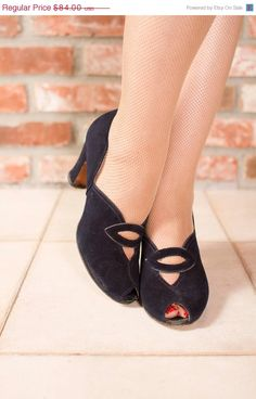 ON SALE Vintage 1940s Shoes   Lovely Navy Suede Cuban by FabGabs, $75.60