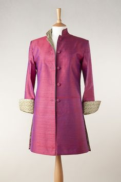 Raw silk jacket in crimson 350 lb