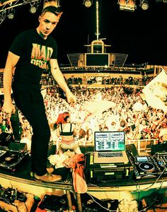 ♡~♡#diplo #edm These Guys are Awesome check them out #EDM www.soundcloud.com/viralanimal