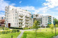 FINN – BEKLAGER SOLGT! Lekker 4-roms leilighet fra 2013 med to garasjeplasser - Solrik terrasse på 145 kvm - 2 balkonger - Heis