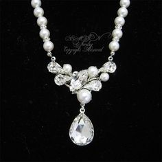White Pearls Rhinestone Bridal Necklace, Wedding Necklace, Teardrop Y Shape Pearls Beaded Classic Necklace for Brides
