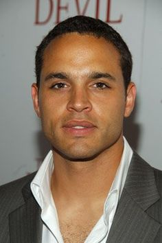 Daniel Sunjata was born on December 1971 in Evanston, Illinois, USA as Daniel Sunjata Condon. He is an actor, known for The Dark Knight Rises The Devil Wears Prada and All My Children Look At You, How To Look Better, Daniel Sunjata, Hollywood Tv Series, Shu Qi, Portia De Rossi, Usa Network, Devil Wears Prada, Harrison Ford