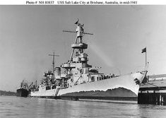 A pre war look at the heavy cruiser USS Salt Lake City. Who needs radar and all that other stuff, and nice false bow wave. Naval History, Military History, Uss Pensacola, Us Battleships, Dazzle Camouflage, Heavy Cruiser, Us Navy Ships, Royal Marines, Military Diorama