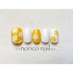 yellow & white floral manicure