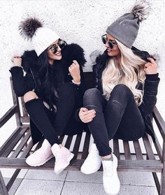 Image Result For Ice Skating With Friends Tumblr Winter Photoshoot Friend Photoshoot Cute Winter Outfits