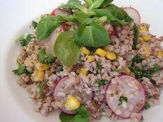 Jarní pohankový salát Low Fodmap, Fried Rice, Cobb Salad, Fries, Ethnic Recipes, Food, Essen, Meals, Nasi Goreng