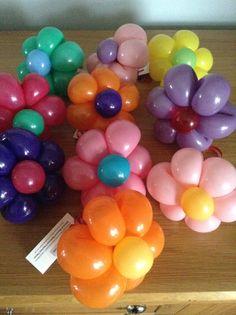 Flower balloon bracelets