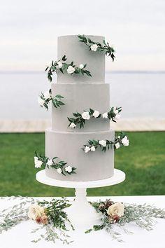 30 Simple, Elegant, Chic Wedding Cakes ❤ See more: http://www.weddingforward.com/simple-elegant-chic-wedding-cakes/ #weddings #cakes #weddingcakes