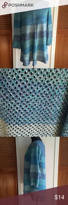 DRESS BARN OPEN KNIT SWEATER XL Beautiful sweater in shades of blue and green. Long and drapey. Dress Barn Sweaters