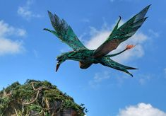 Top Six Things You Must Do at Pandora: World of Avatar - Living By Disney Alien Creatures, Fantasy Creatures, Avatar Disney World, Fantasy Beasts, The Witcher, Plan Your Trip, Animal Kingdom, Bald Eagle, Touring