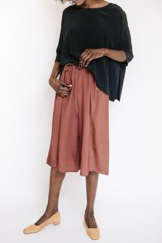 Revisited Matters silk wide pants in marsala features a loose fit, drawstring waist and perfect for day or night. Also available in black. Model is 5'9