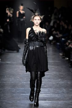 Ann Demeulemeester Fall 2011 Ready-to-Wear Collection Photos - Vogue