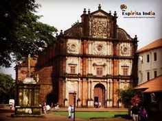 India has witnessed the rule of different dynasties each one contributing to what it is today..A fine example of such is an old church of the Portuguese yet perfectly preserved...Travel with us as we take you around such beautiful places across India...Travel India ! #travellife #travelworld #travelagent #touroperator #blogger #travelblogger #traveller #travellers #travelling #tourist #tourism #travellife #travelphotography #travelindia #travelgram #instatravel #vacation #holiday #journey…