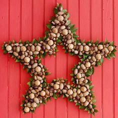 Kreative Weihnachtskranz stern nüsse idee
