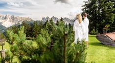 nature | retreat | italian dolomites Spa Quotes, Spa Rooms, Spa Design, Wellness Spa, Diy Spa, Yoga Retreat, Around The Worlds, Nature, Inspiration