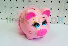 Cerdos Diy Crafts Hacks, Homemade Crafts, Diy And Crafts, Pig Baby Shower, Diy Valentine's Box, Pig Bank, Personalized Piggy Bank, Paper Mache Animals, Pig Crafts