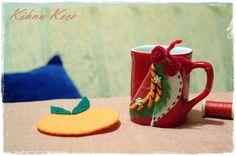 Felt orange cupholder and the cup decorated with felt & Keçe portakal bardak altlığı ve keçeyle süslenmiş kupa