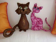 Katzenkuschelkissen Scooby Doo, Dinosaur Stuffed Animal, Toys, Animals, Fictional Characters, Art, Applique Pillows, Cuddling, Cats