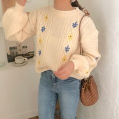 Cute Casual Outfits, Retro Outfits, Girl Outfits, Fashion Outfits, Fashion Clothes, Fashion Shirts, Casual Clothes, Skirt Fashion, Aesthetic Fashion