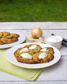 cuketove placky bez smazenia Healthy Food Alternatives, Healthy Recipes, Lunch Recipes, Zucchini Corn Recipe, Slovak Recipes, Good Food, Yummy Food, Salty Foods, Great Recipes