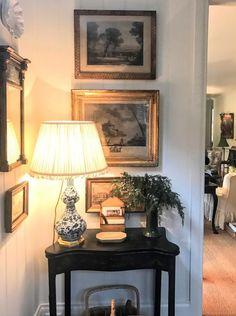 Aspiring experienced americana country home decor browse this site English Interior, English Decor, Country Style Homes, French Country Decorating, French Country Wall Decor, Traditional House, Cozy House, Living Room Decor, Living Rooms