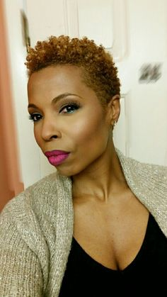 Natural Hairstyles for Work, Inspiration for Professional Women