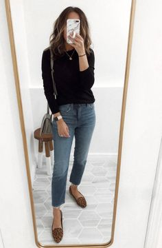Outfits lately - Easy Fall outfit ideas Hello November! I'm sure you're wondering the same as me – how do we only have two months left in this year? It also snowed a little bit last night…and I'm not ready for… Source by clothes fall outfits Simple Fall Outfits, Casual Work Outfits, Work Attire, Mode Outfits, Fall Winter Outfits, Fashion Outfits, Easy Outfits, Winter Clothes, Feminine Fall Outfits