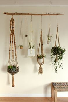 Hydroponic Gardening Ideas Hanging plants - Macrame is about knots in several patterns. Macrame is a simple art form to acquire the hang of. One specific macrame finds an owl made from twine springs to mind. Make sure to knot your yarn on th… Driftwood Planters, Hanging Planters, Hanging Shelves, Indoor Hanging Baskets, Driftwood Macrame, Hanging Plant Wall, Hanging Succulents, Large Shelves, Succulent Planters