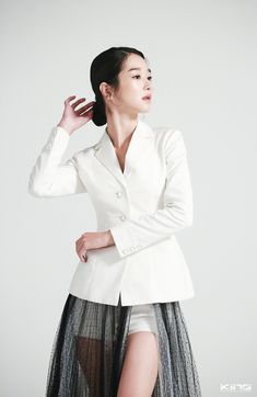 Korean Celebrities, Celebs, High Class Fashion, Cute Girl Face, Instyle Magazine, Cosmopolitan Magazine, Model Face, Business Portrait, Beautiful Asian Women