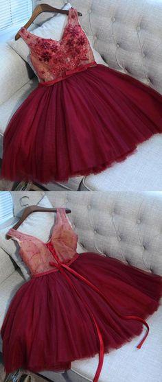 Burgundy v neck tulle applique short prom dress, burgundy homecoming dress