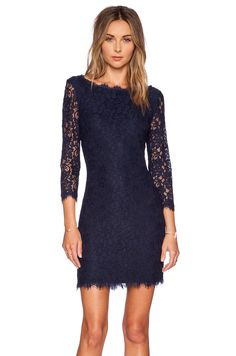 DVF Zarita lace dress - navy Classic lace dress c9b853e944e