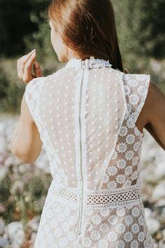 white lace dress >www.artemisia.me  #boho #bohochic #lace #dress #lookbook