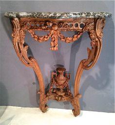 Petite console estampillée CHOLLOT - vers 1775 http://www.galerie-clostermann.com/meubles/tables-et-consoles/console-par-chollot/