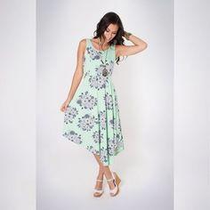 Mais looks novos lindos!! Quem gosta ?   Vestido Estampado Buquê Silvestre  COMPRE AQUI!  http://imaginariodamulher.com.br/look/?go=2dpzBN5  #comprinhas #modafeminina#modafashion  #tendencia #modaonline #moda #instamoda #lookfashion #blogdemoda #imaginariodamulher
