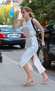 Upskirt Emma dress watson white