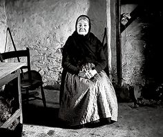"""Peig Sayers (1873-1958) Author and """"seanachaí"""", traditional Irish storyteller. Well-known for the authobiography Peig (on her life on the Blasket Islands) and """"Machnamh Seanmhná/An Old Woman's Reflections""""."""