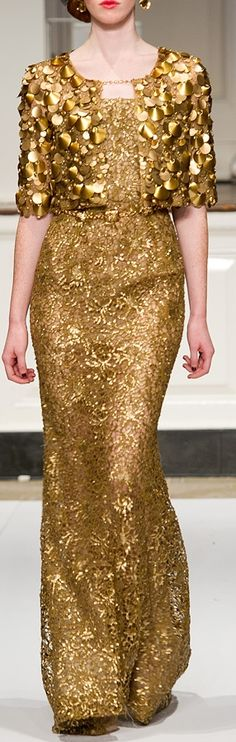 Oscar de la Renta ... bolero & gold lace gown. This would be perfect for my 50th wedding anniversary!