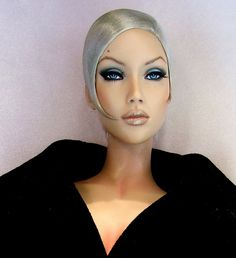 Pin by Sue Miller on Dolls Barbie Hair, Barbie And Ken, Fashion Royalty Dolls, Fashion Dolls, Barbie Funny, Manequin, Bjd, Ebony Models, Barbie World