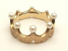 Vintage Crown of Pearls Ring