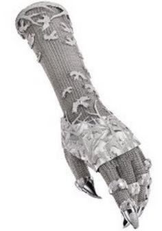 Daphne Guinness and Shaun Leane diamond chainmail glove