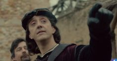 Christopher Columbus points at where he is going to discover America in Spanish TV show El Ministerio del Tiempo #cristobalcolon #television #history #historia #spain #timetravel #costumes #perioddrama