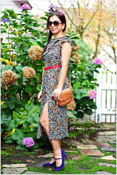 Floral Dress | Midi Dress | TopShop Dress | Navy Mary Jane Pumps | How to Wear Florals in Fall