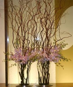 large flower modern arrangements for hotel lobbies | Found on images.search.yahoo.com