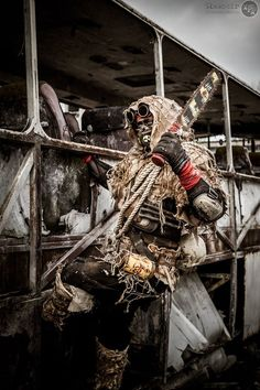 post apocalyptic fashion / men's cosplay / LARP / costumes / Mad Max / dystopia / wasteland / survivor / chainsaw Apocalyptic Love, Post Apocalyptic Costume, Post Apocalyptic Fashion, Fallout, Mad Max, Wasteland Warrior, Dystopia Rising, Apocalypse World, Wasteland Weekend